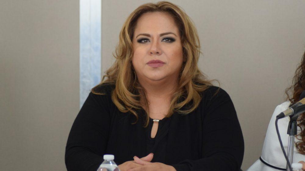Impulsa Tania Valentina revocación de mandato en Morelos