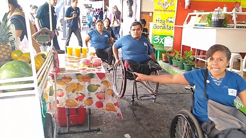 Centro Histórico de Cuernavaca intransitable para las personas en silla de ruedas