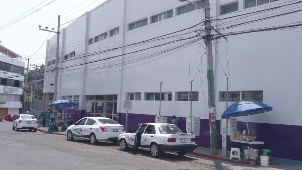 Reo finge estar enfermo para internar fuga en el Hospital de Cuernavaca