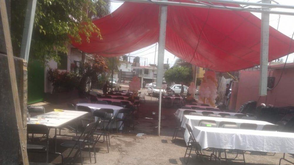 Para PC de Cuernavaca festejo de boda con cierre de calle y sonidero en La Barona